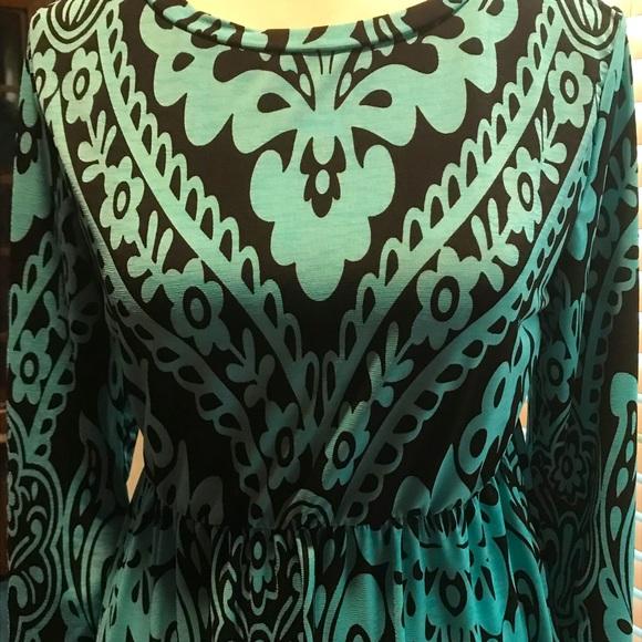 Long aqua and black large print dress. Size L.